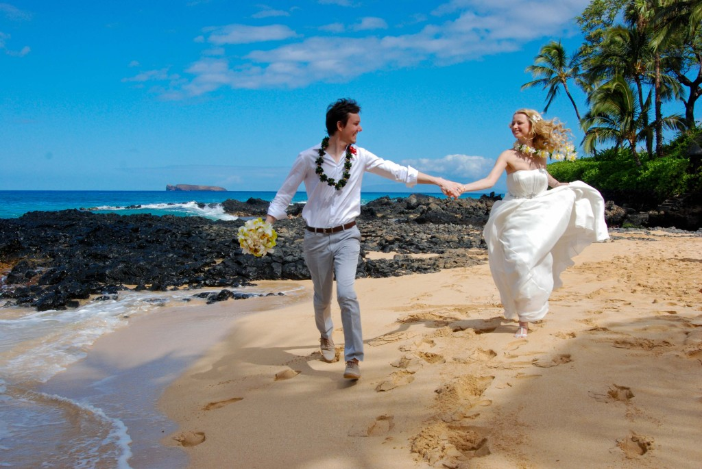 Maui Vow Renewals and Barefoot Maui Weddings Trash the Dress photo