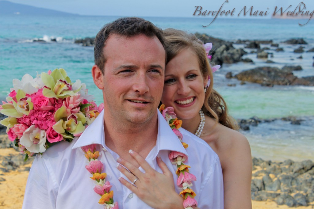 Barefoot-Maui-Wedding-Romantic-PHotography-24-1024x682